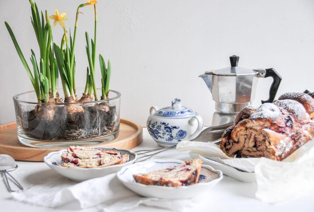 fluffiges Swirl Bread | gefüllter Hefezopf mit Marmelade