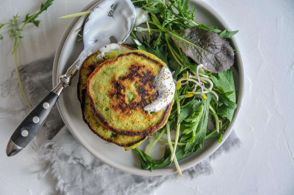 Erbsen Pancakes mit Dip   schnelle Familienküche