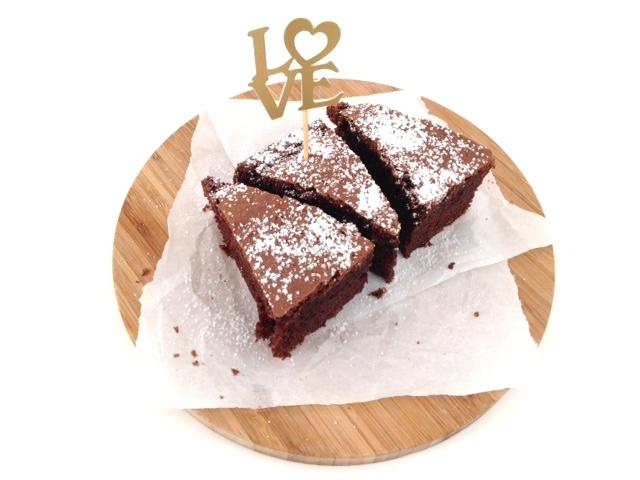 Valentinstag - All you need ist love und ganz viel Schokolade