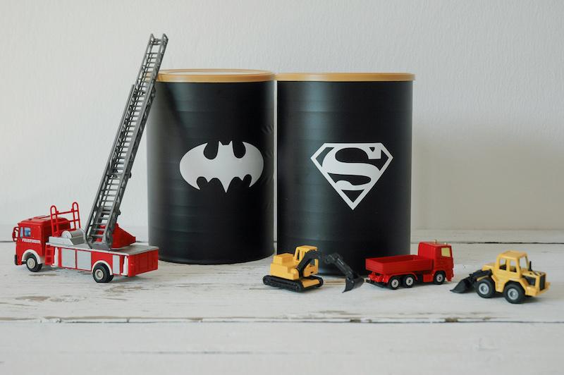 Superhelden Dose selbst gemacht | Aufbewahrung fürs Kinderzimmer