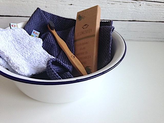 mein grünes Badezimmer | Bambuszahnbürste von Ecomonkey im Test