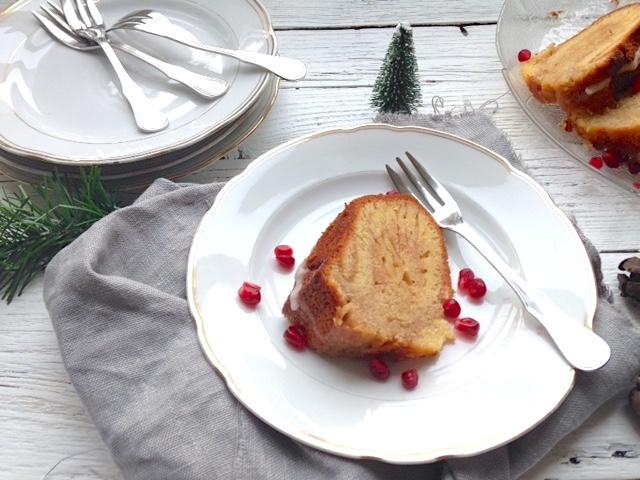 winterlicher Gugelhupf mit Zuckerguss   Foodlove