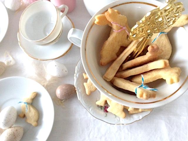Hasen Kekse aus Mürbeteig für die Osterjause