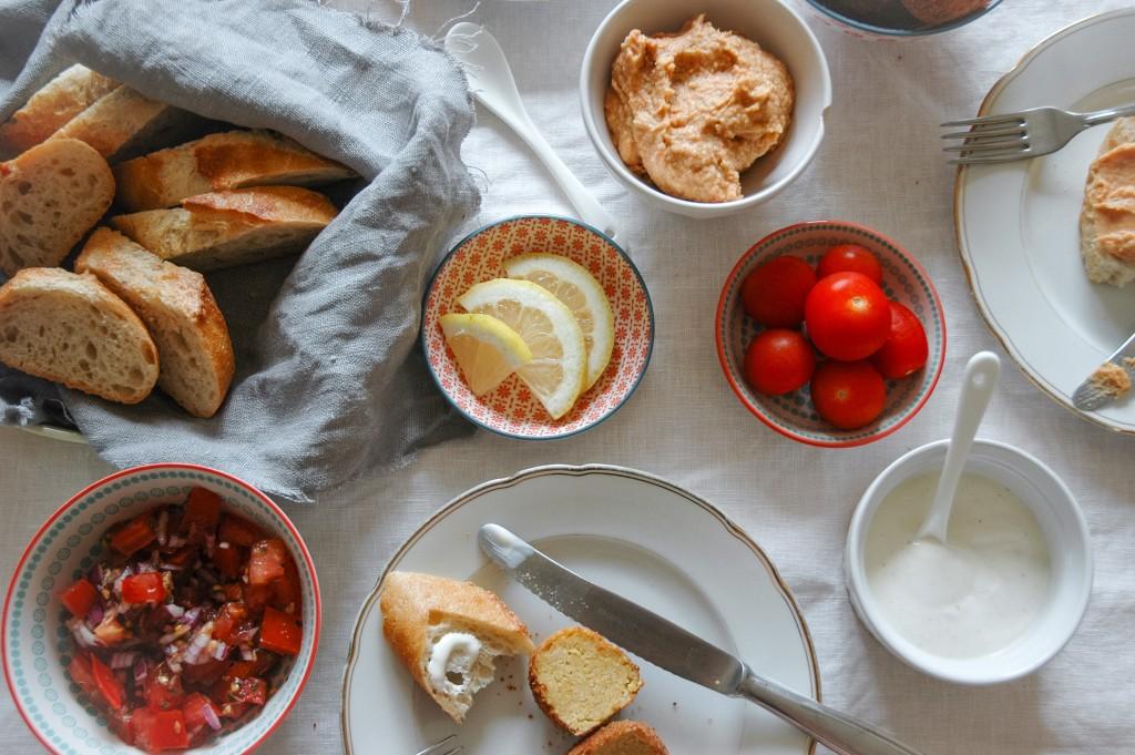 Tomaten Hummus und Salsa | sommerliche Rezepte mit Tomaten