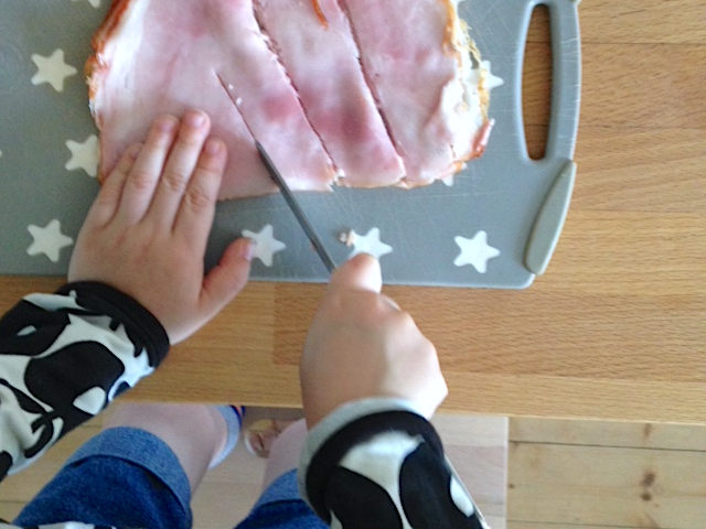 Ich kann das schon alleine | Montessori im Alltag mit Kindern