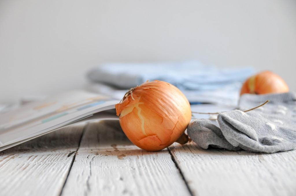 Bäuchleinöl und Zwiebelsocken | Hausmittel für Kinder