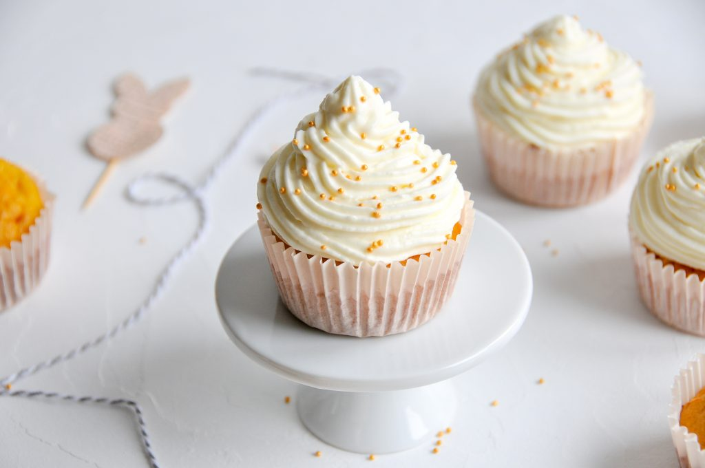 Karotten Cupcakes mit Frosting | zauberhaftes Rezept