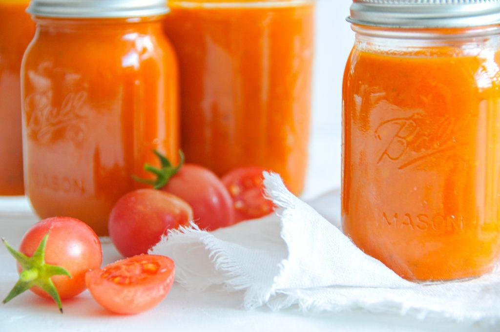 Tomatensauce einfach selbst gemacht | Paradeiser einkochen