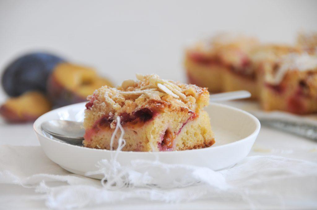 Pflaumen Kuchen mit Streusel und Mandeln | Rezepte mit Zwetschken