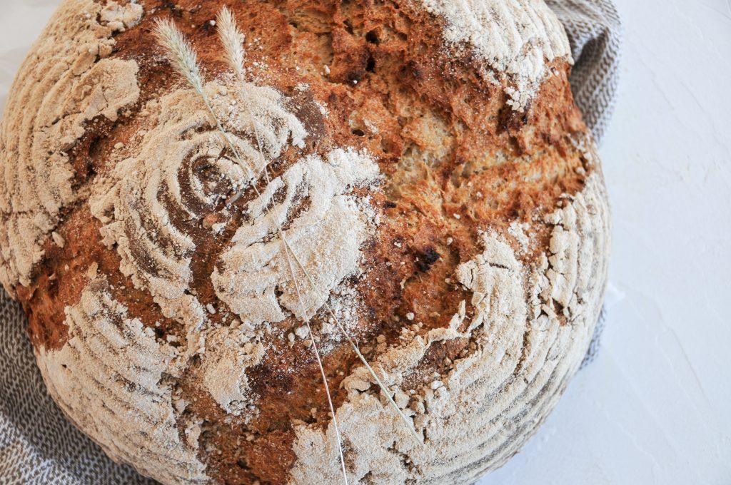 littlebee Sauerteig Mischbrot mit Dinkel und Roggen | Brot backen ganz einfach