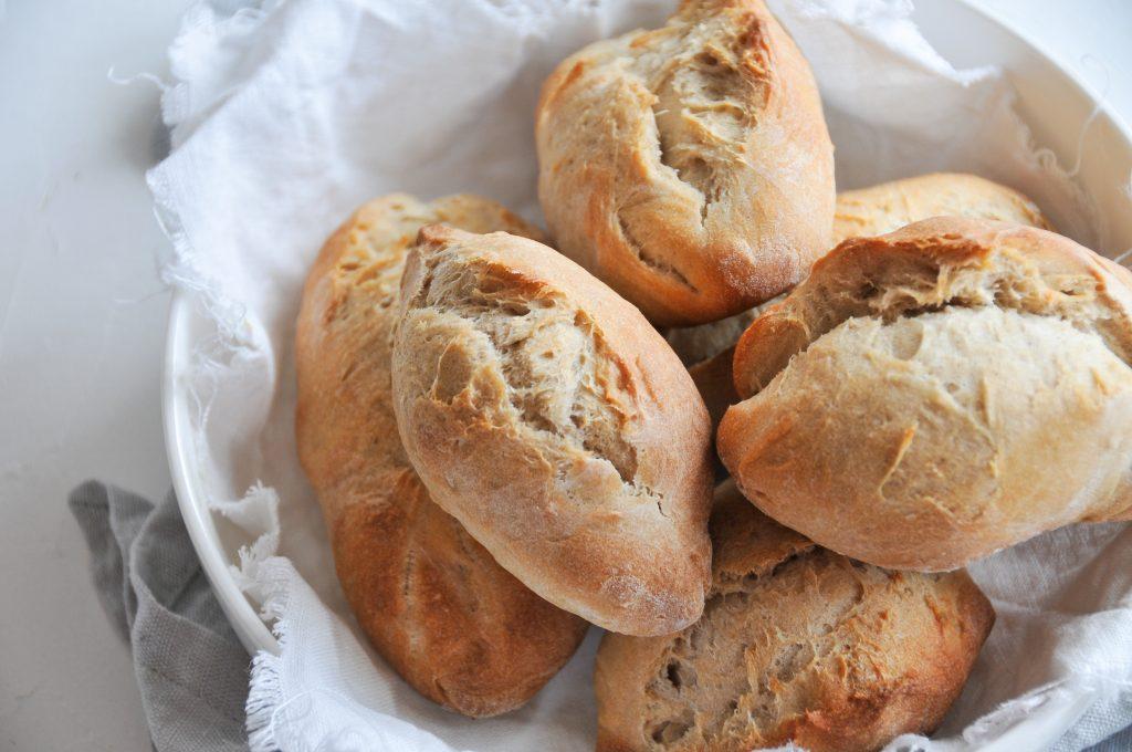 Sauerteig Brötchen mit Roggen und Weizen | backen ohne Hefe