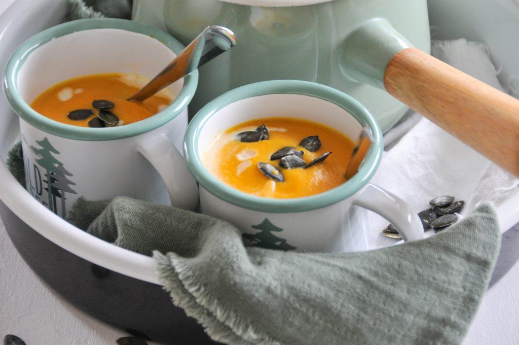 Kürbissuppe mit Karotten | wohlige Wärme von Innen Michaela Titz littlebee