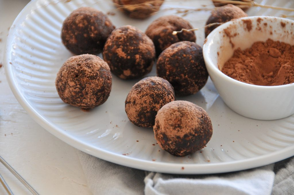 Energy Bliss Balls | gesunder Snack im Homeoffice Michaela Titz