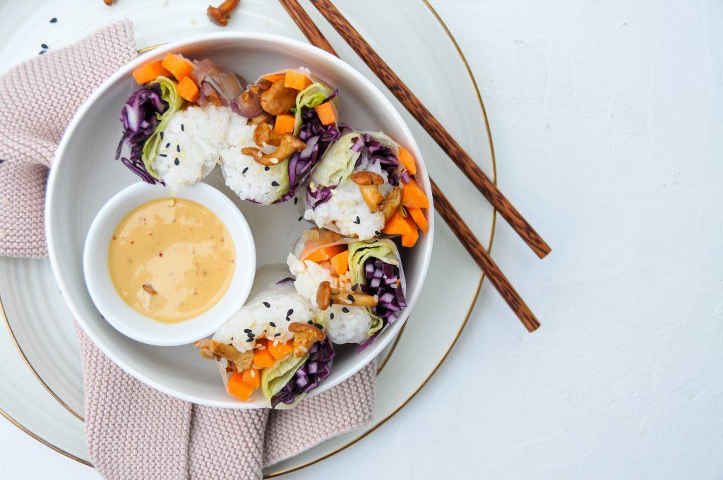 Sommerrollen mit Reis, Kraut und Pilzen | ein gesunder Start ins neue Jahr