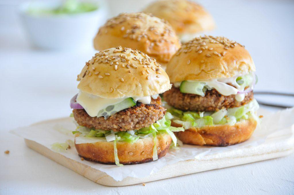 Mini Burger mit fleischlosen Patties | Veggieküche ganz einfach